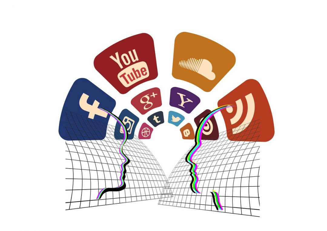 You're Hurting Your Blog: Get Involved in Social Media Before It's Too Late